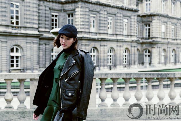 chriselle_lim_green_coat_paris_luxemberg-6